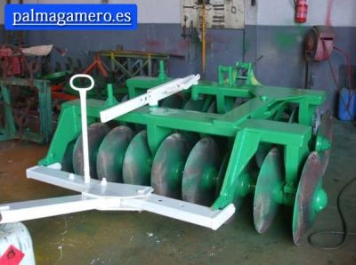 GRADA DE 18 DISCOS CON TRANSPORTE - AGRIMECA